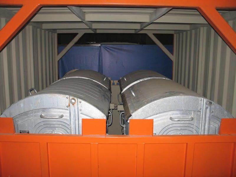 Контейнеры для перевозки мусора и ТБО